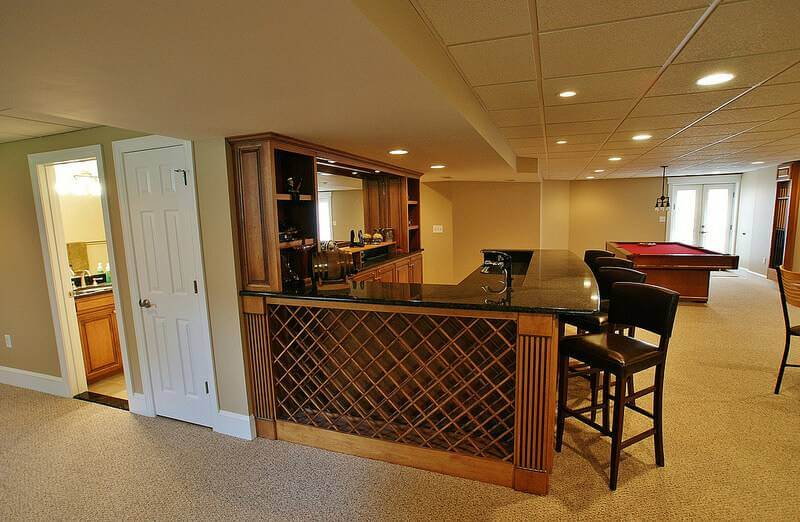 6 Things Your Modern Home Bar Remodel Needs to Include