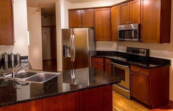 Pros & Cons of 10 Kitchen Countertop Materials Pt. 1